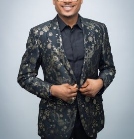 Quilox Boss Shina Peller Conferred With Title in Iseyin