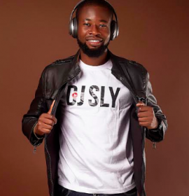Award winning Ghanaian DJ Sly delivers an all-star 'Ole Alo' feat. Teni, Skales and Daphne