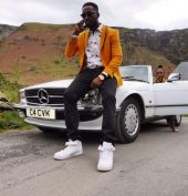New Video: Eugy – Hold Tight