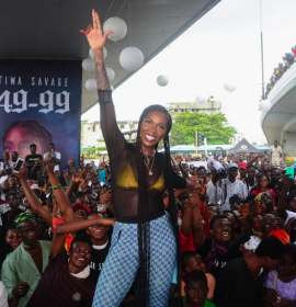 Watch Tiwa Savage perform 49-99 under the Obalende bridge