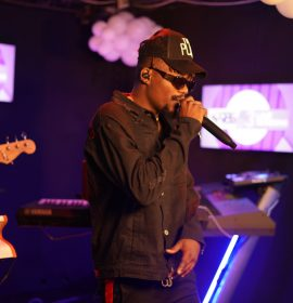 YCee and Sheye Banks at the Soundcity 98.5 at 3 Live Sessions – Watch video highlight
